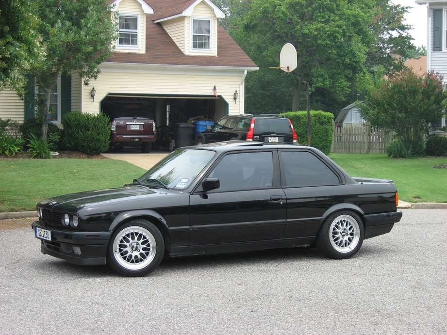 BMW 325is #9481038
