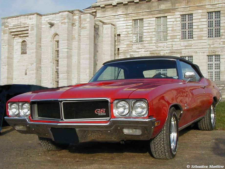 Buick GS #9697323