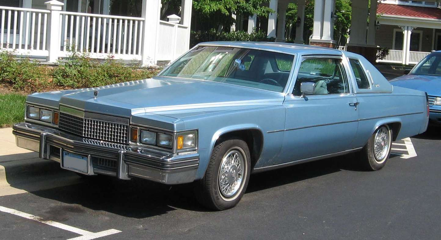 Cadillac Coupe DeVille #8417698
