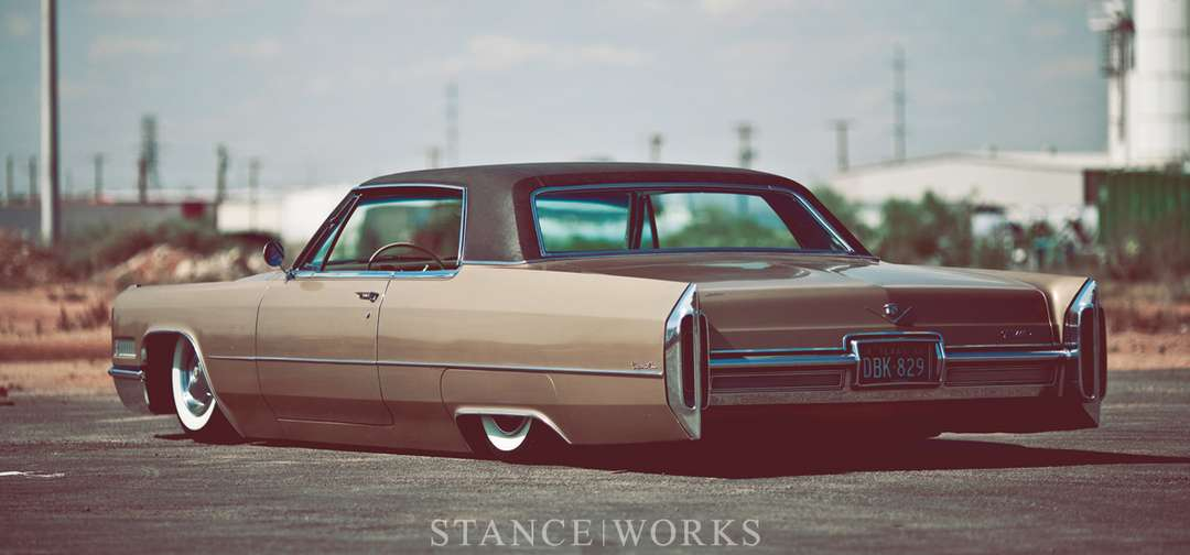 Cadillac Coupe DeVille #9168668