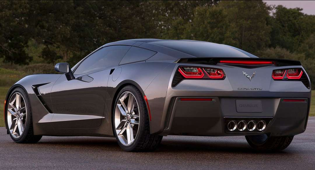 Chevrolet Corvette Stingray #7810188