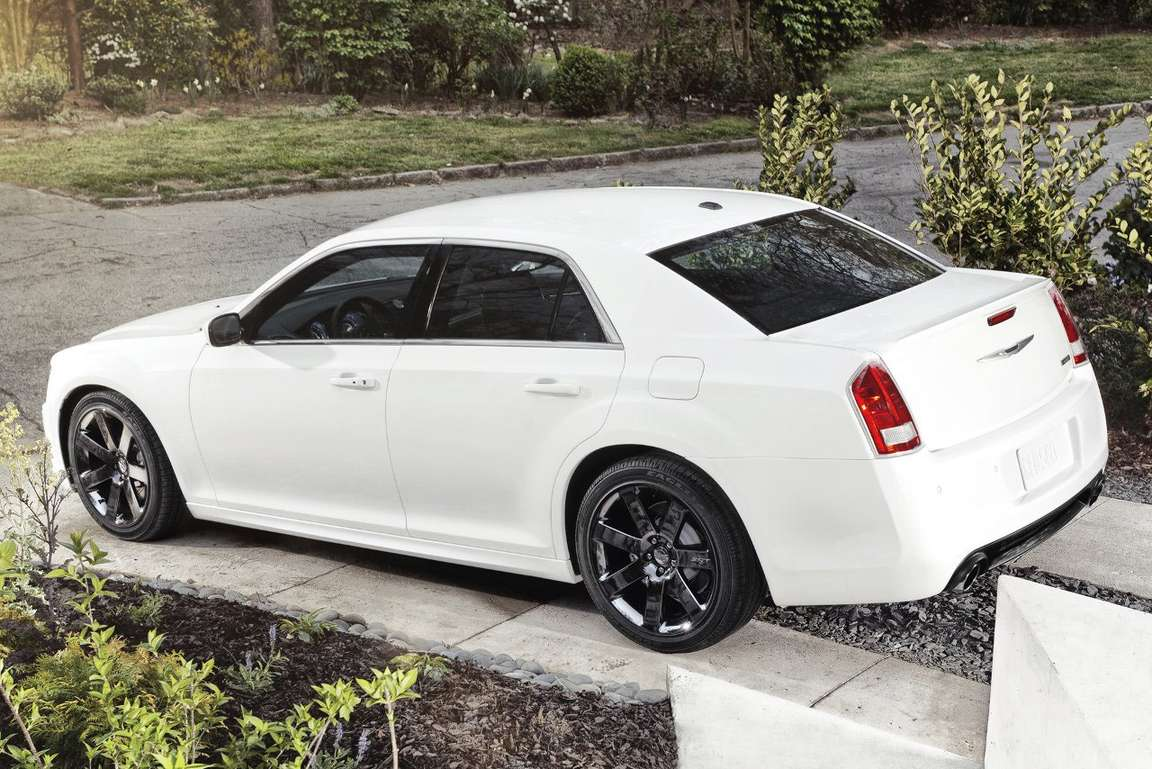 Chrysler 300 #8133578