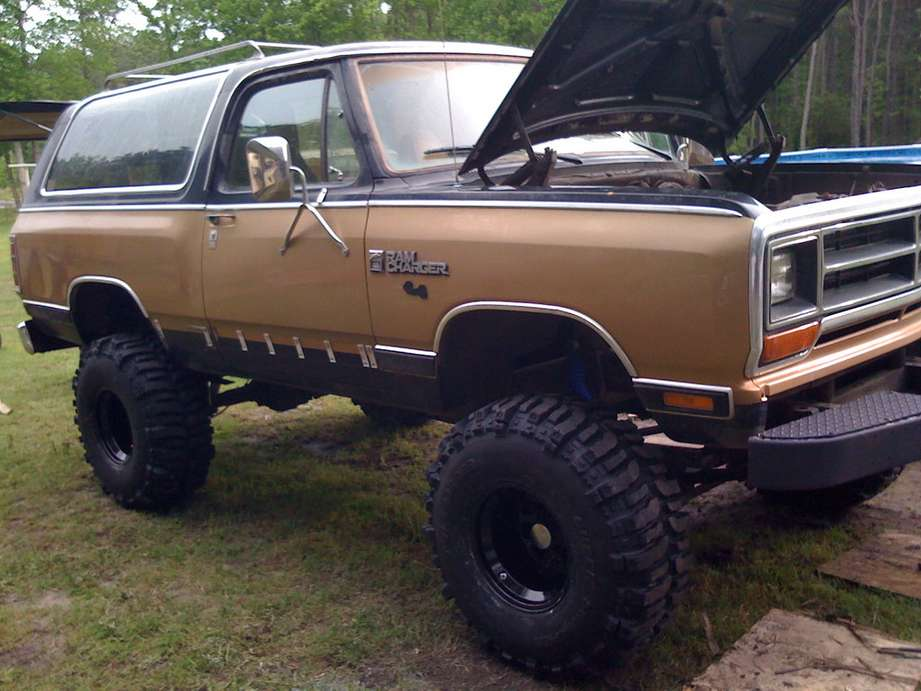Dodge Ramcharger #7093926