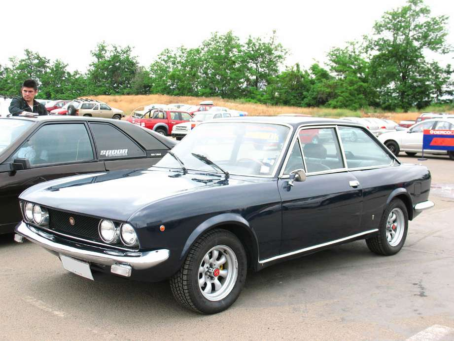 Fiat 124 Coupe #8491606