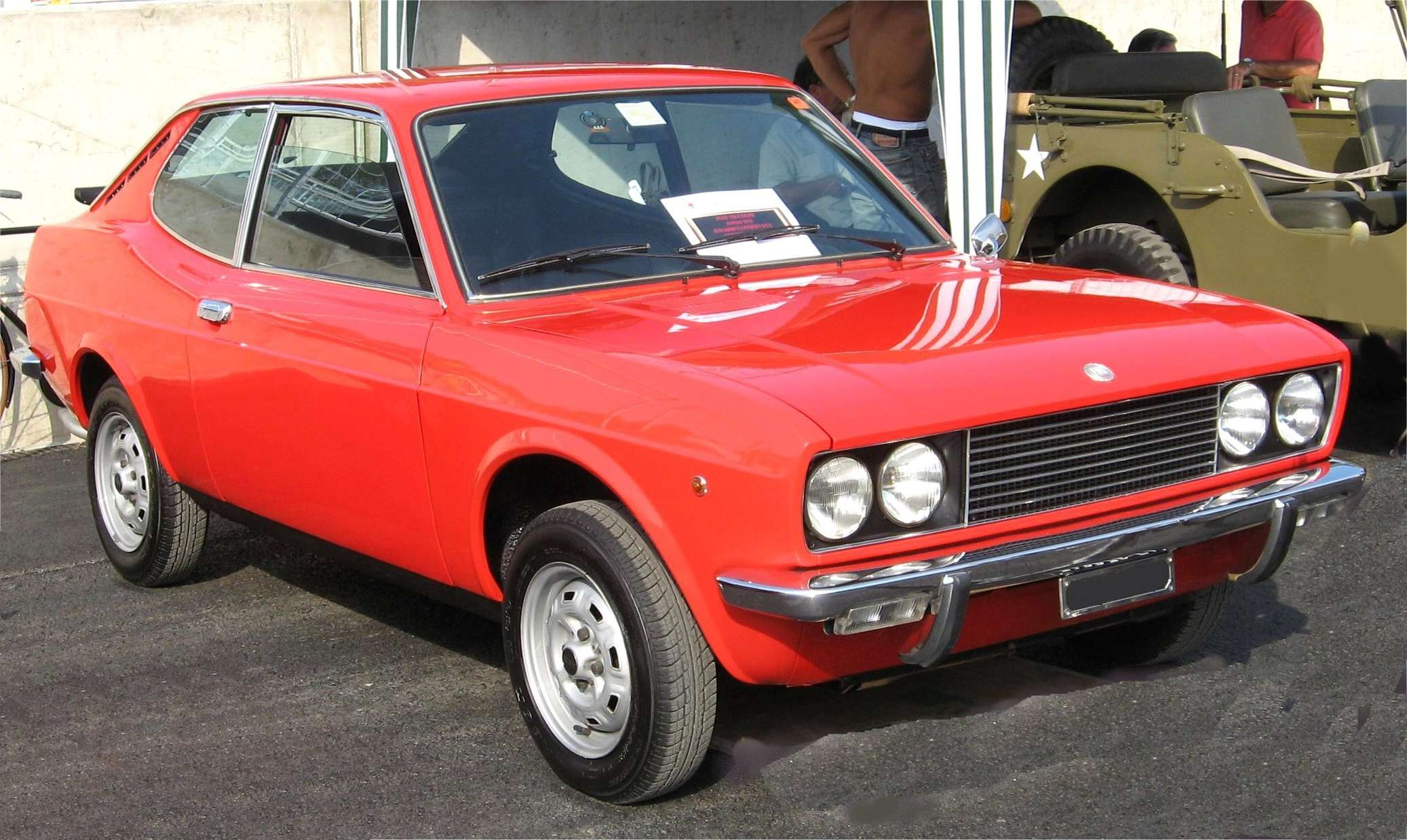 Fiat 128 coupe #9625603
