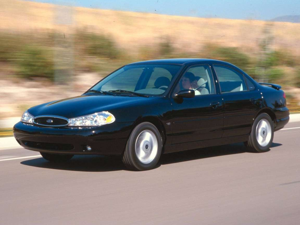 Ford Contour #9595979