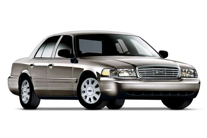 Ford Crown Victoria #7770322