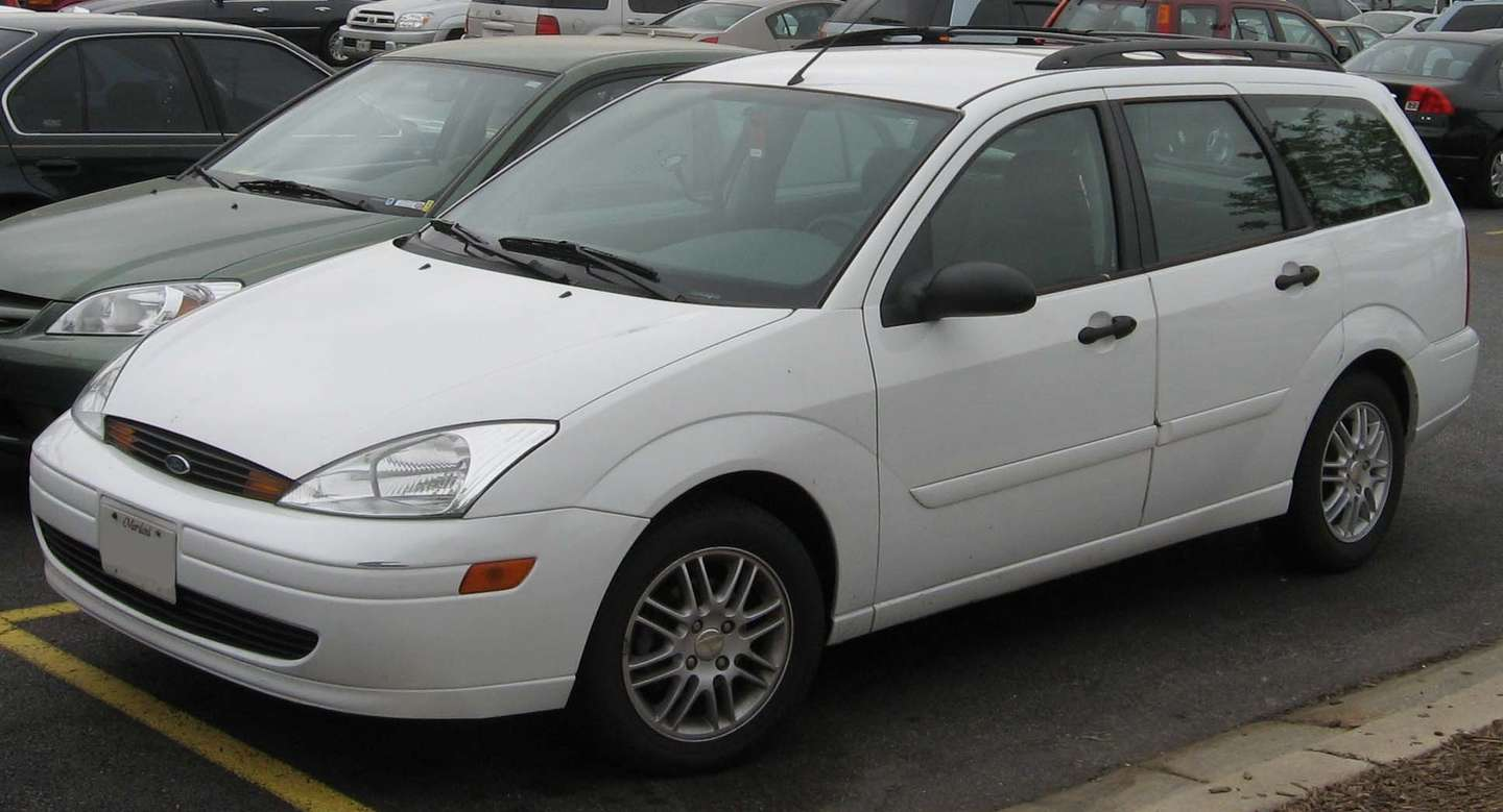 Ford Focus Wagon #8586965