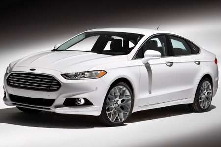 Ford Fusion #8128361
