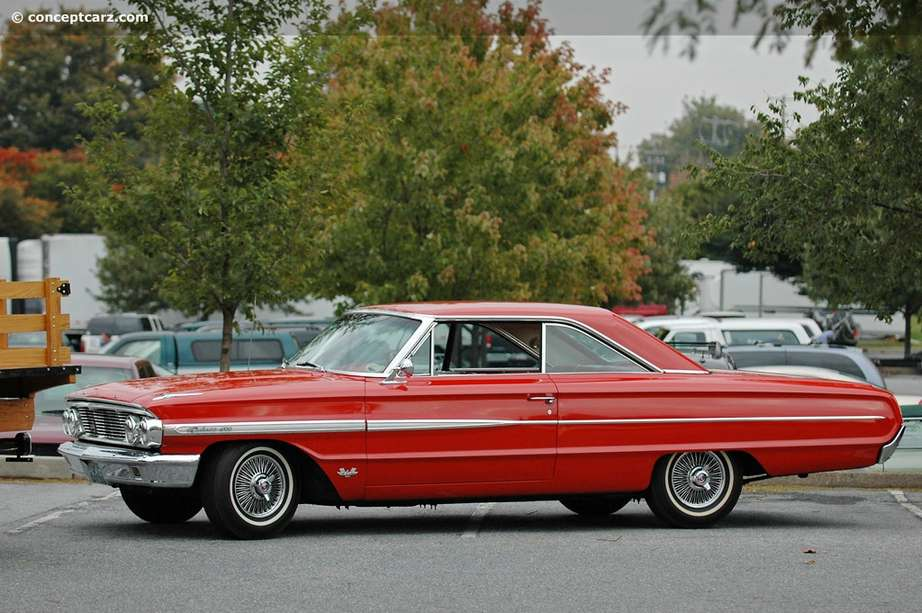 Ford Galaxie 500 #7951213