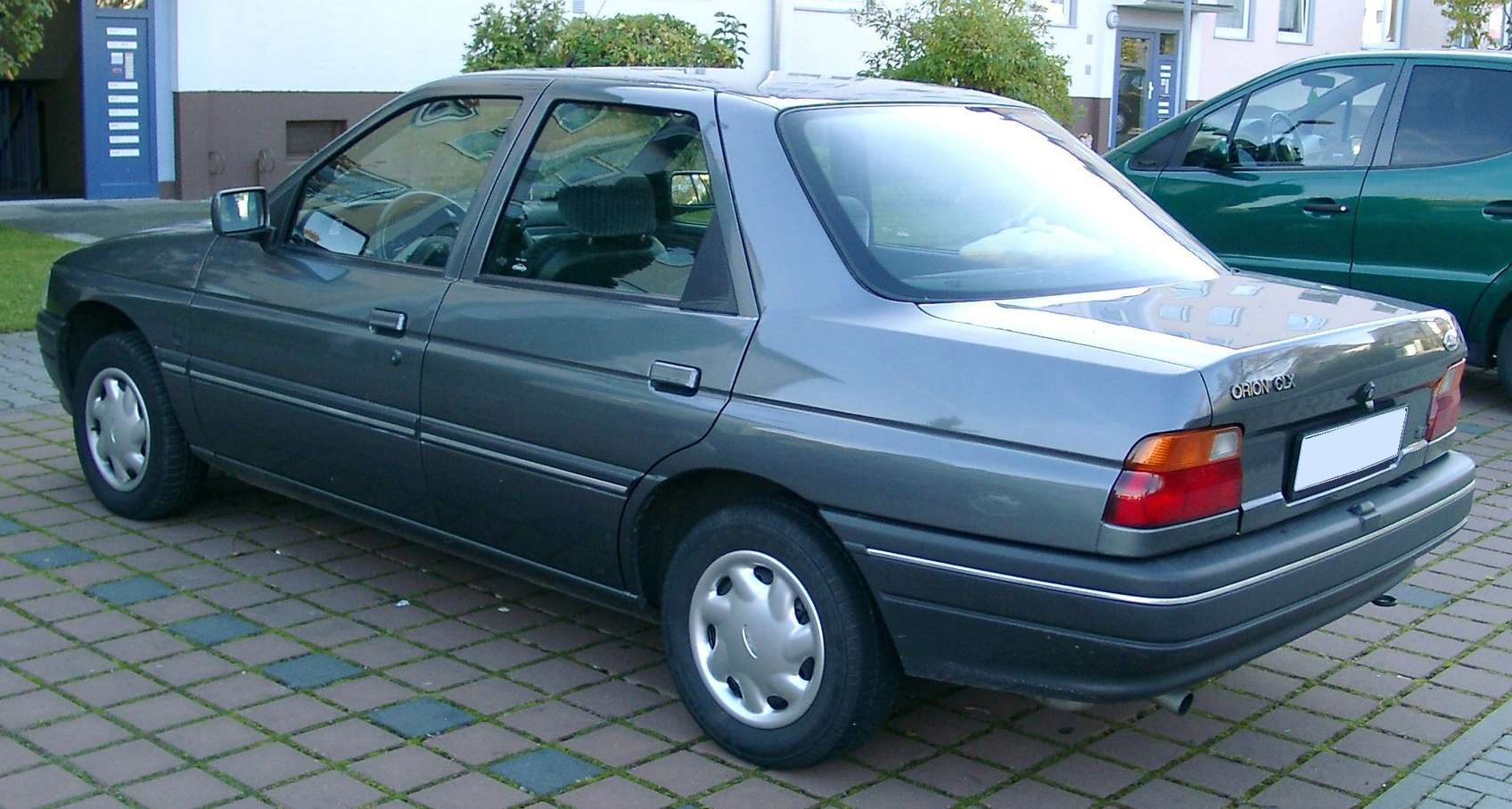 Ford Orion #7681236