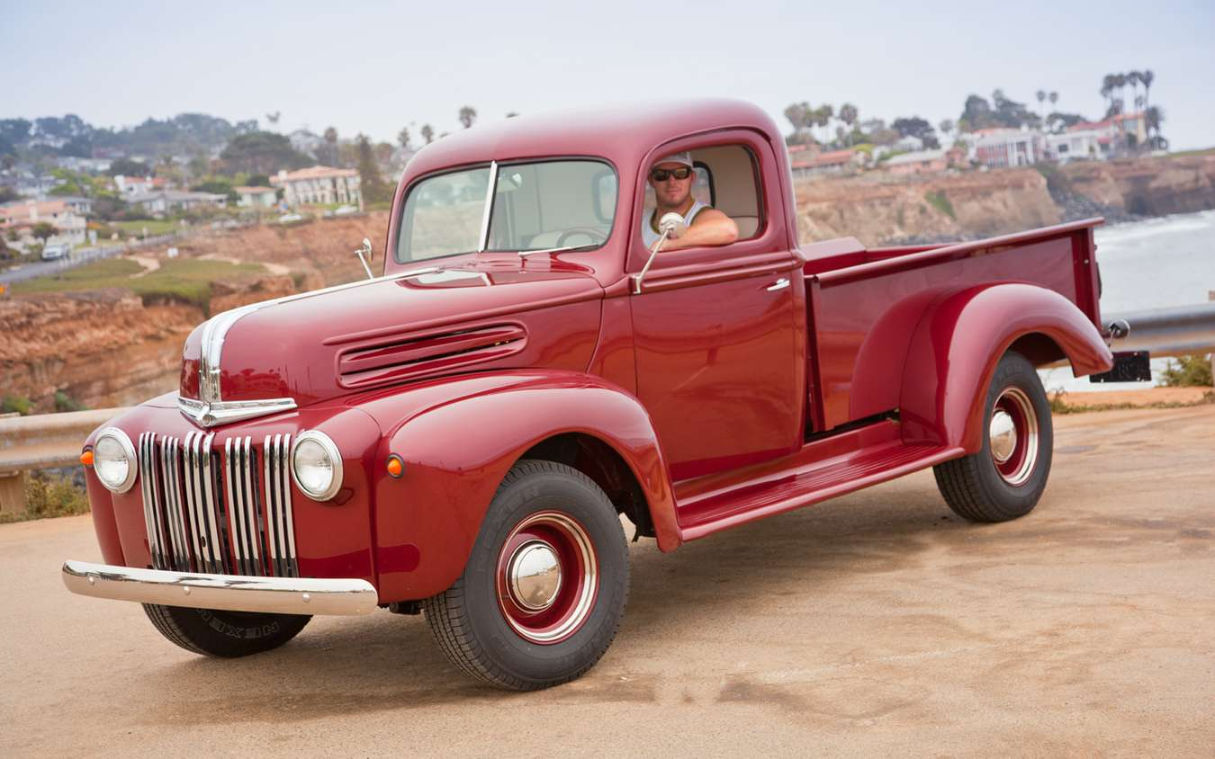 Ford Pickup #7272040