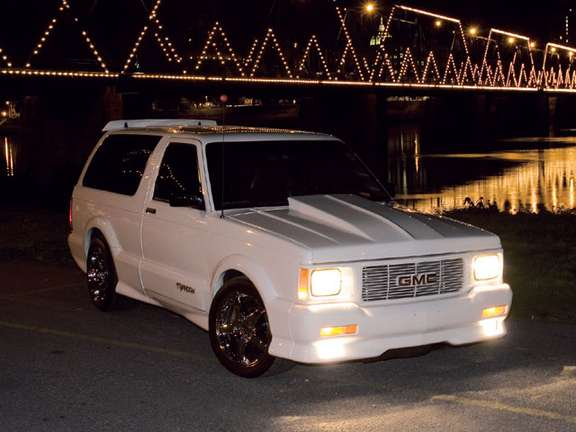 GMC Typhoon #9594647