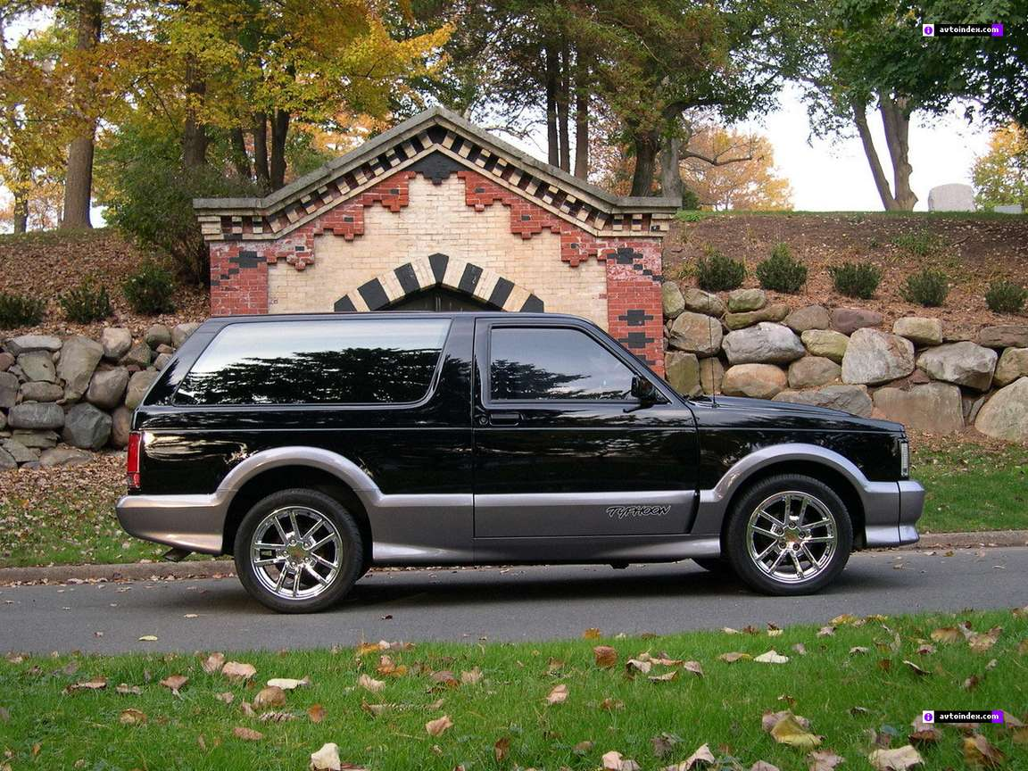 GMC Typhoon #8959904