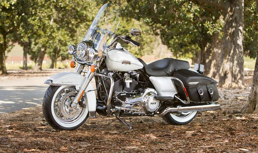 Harley-Davidson Road King #8764769