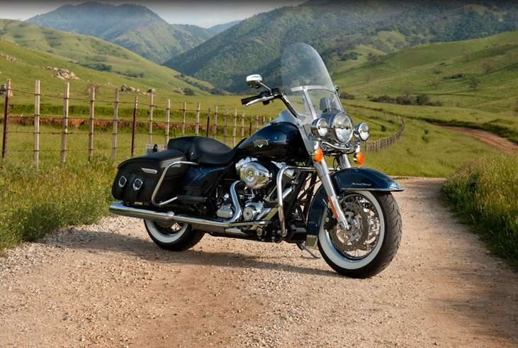 Harley-Davidson Road King Classic #7434061