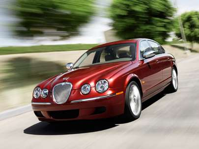 Jaguar S Type #8427911