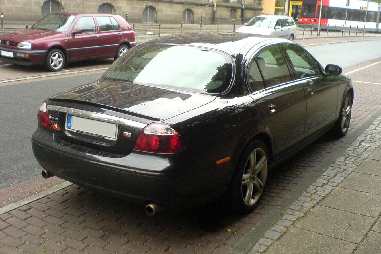 Jaguar S-Type R #8324486