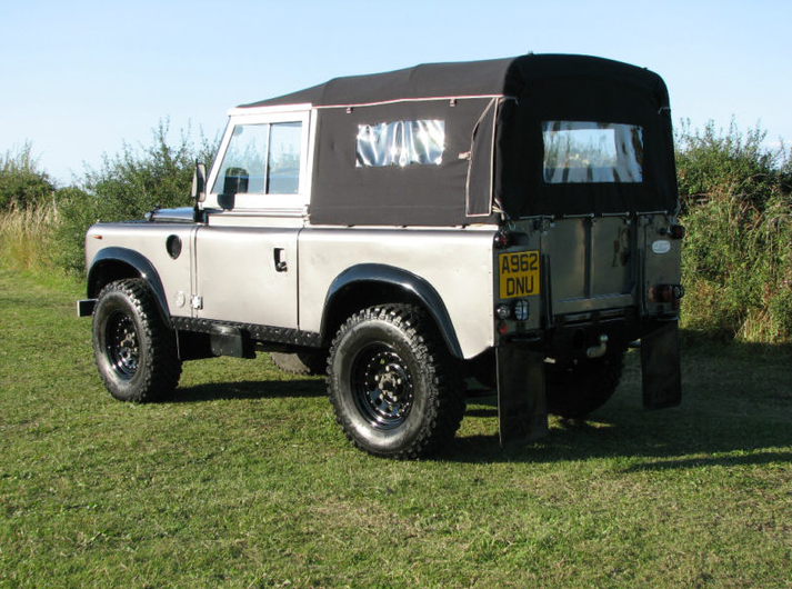 Land Rover Series 3 #7396241