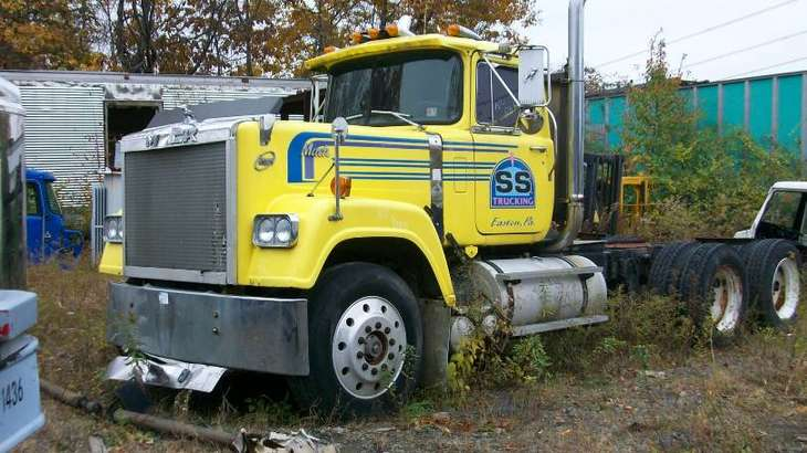 Mack Superliner #9806123