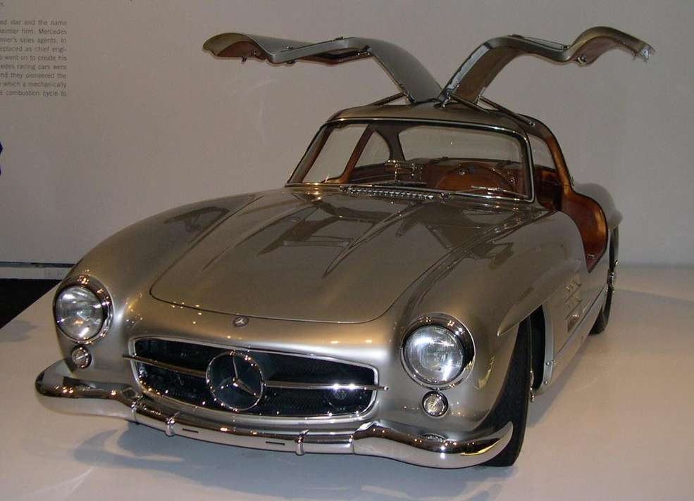 Mercedes-Benz 300SL #9255547