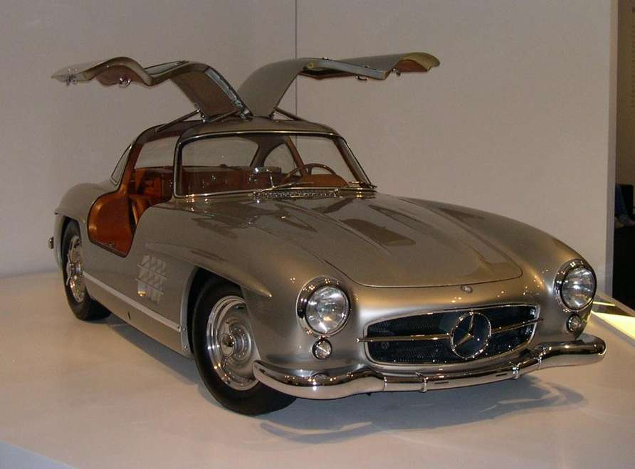Mercedes-Benz 300SL #9541585