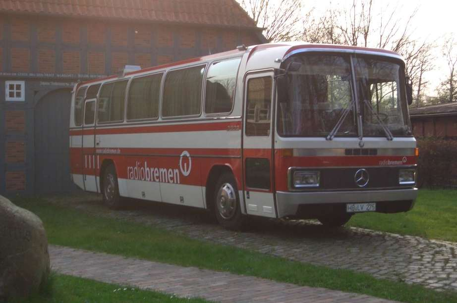 Mercedes-Benz Bus #9875647