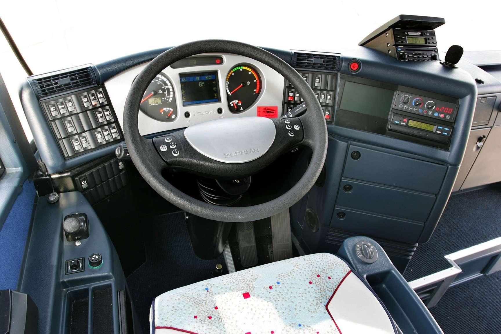 Sky Auto Sales >> NEOPLAN Skyliner #8105106