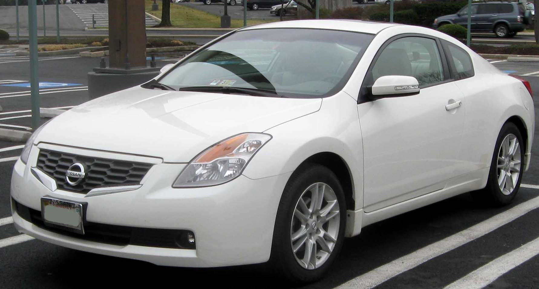Nissan Altima Coupe #8661080