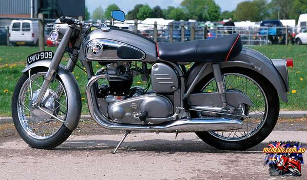 Norton Dominator #8376034