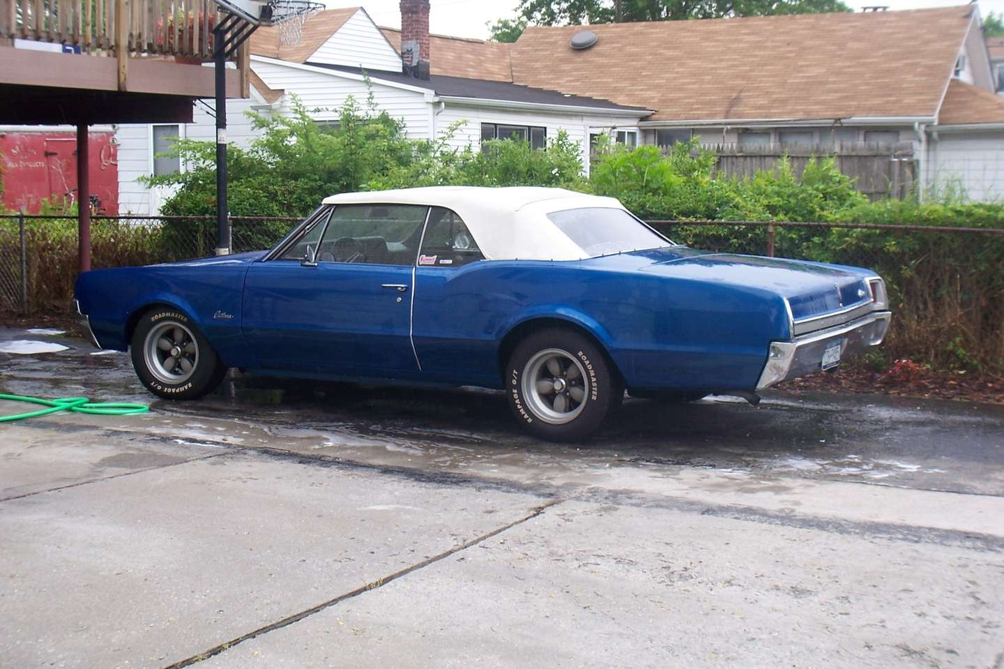 Oldsmobile Cutlass #7523808
