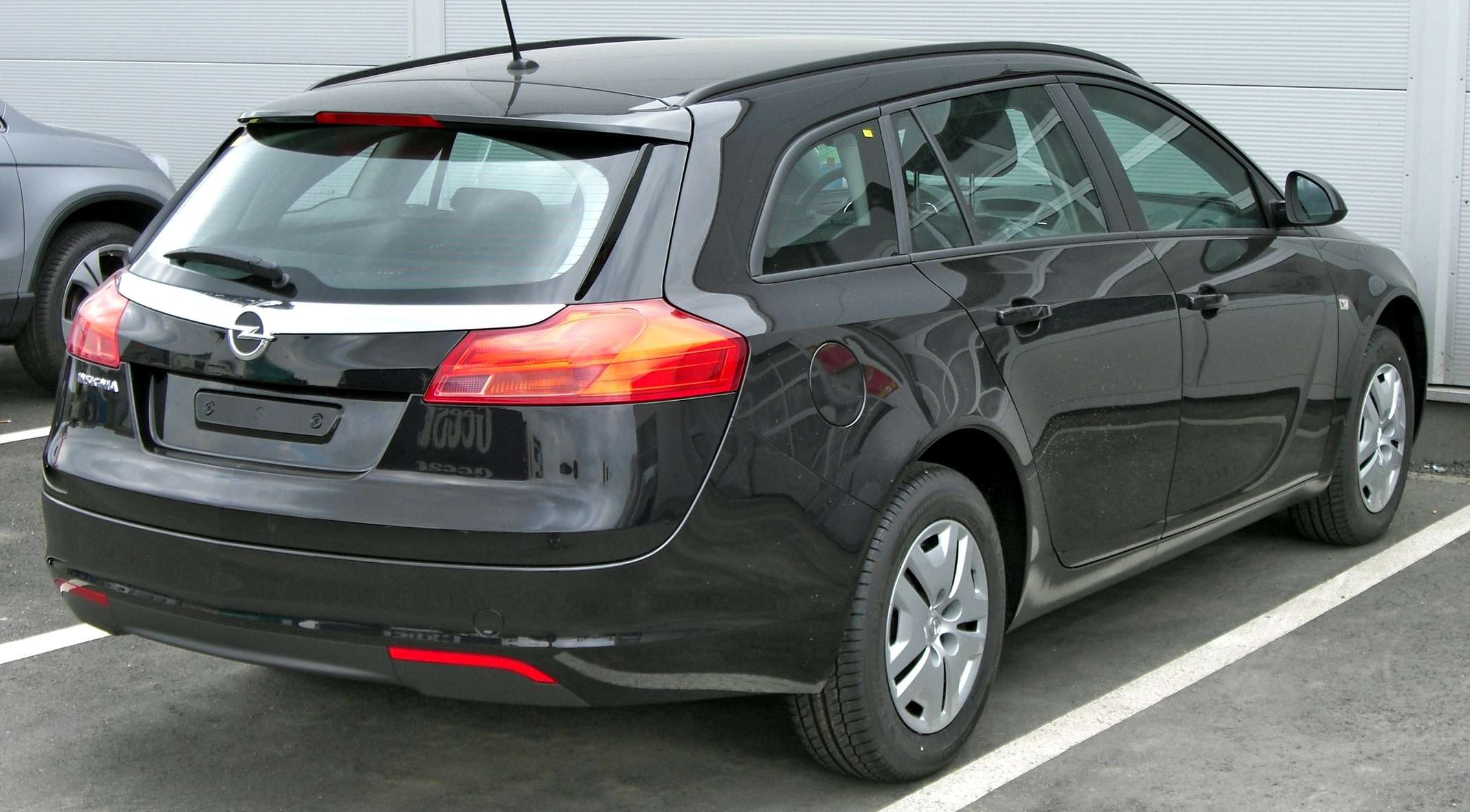Opel Insignia Sports Tourer #9755429