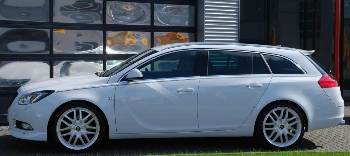 Opel Insignia Sports Tourer #7065825