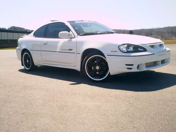 Pontiac Grand Am GT #9763666