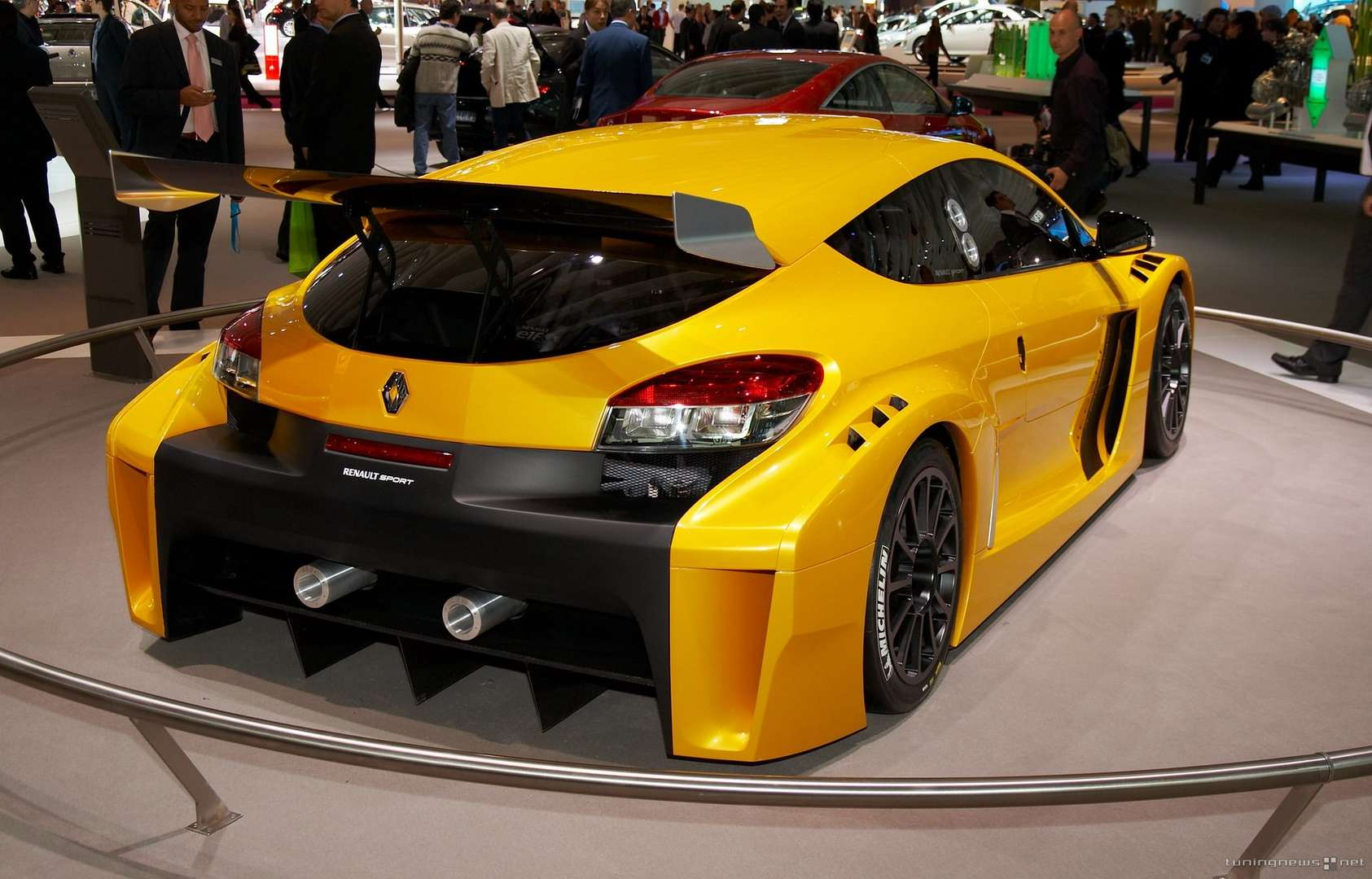 renault megane rs trophy new reference time of. Black Bedroom Furniture Sets. Home Design Ideas