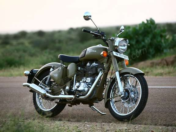 Royal Enfield Classic 500 #9403654