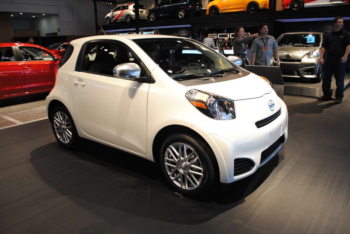 Scion iQ #9159383