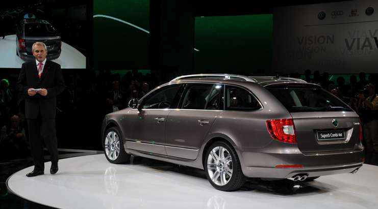 Skoda Superb Estate #8298921