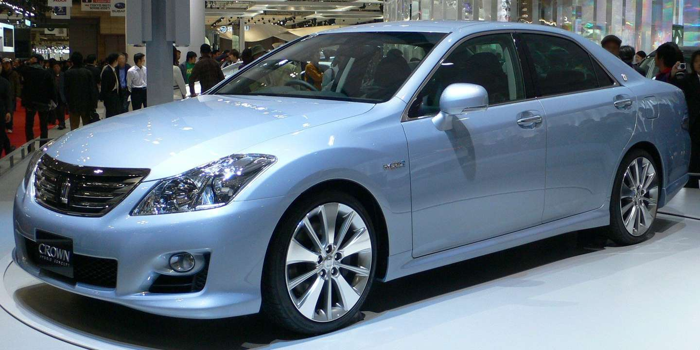 Toyota Crown #9428715