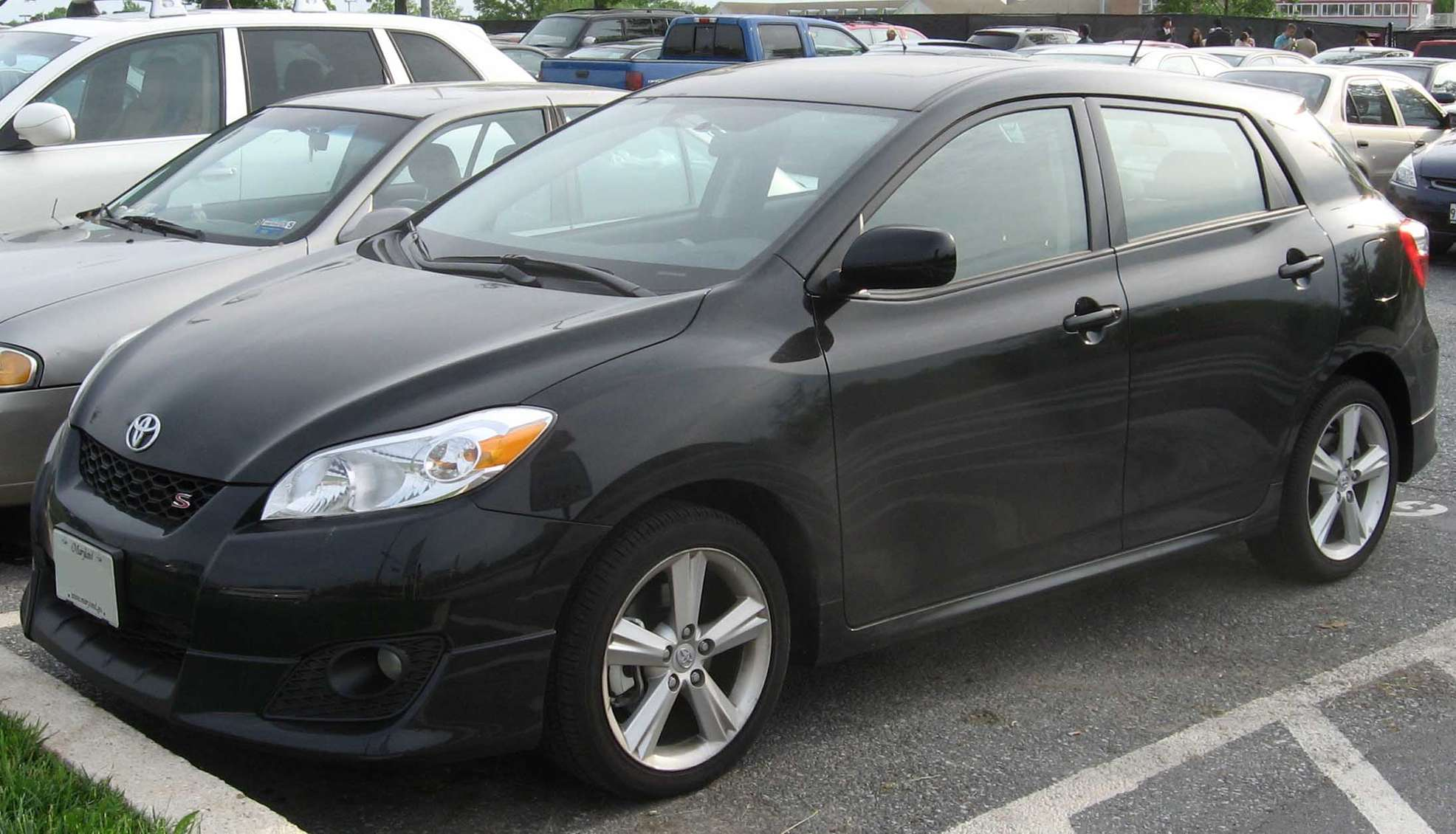 Toyota Matrix #9692864