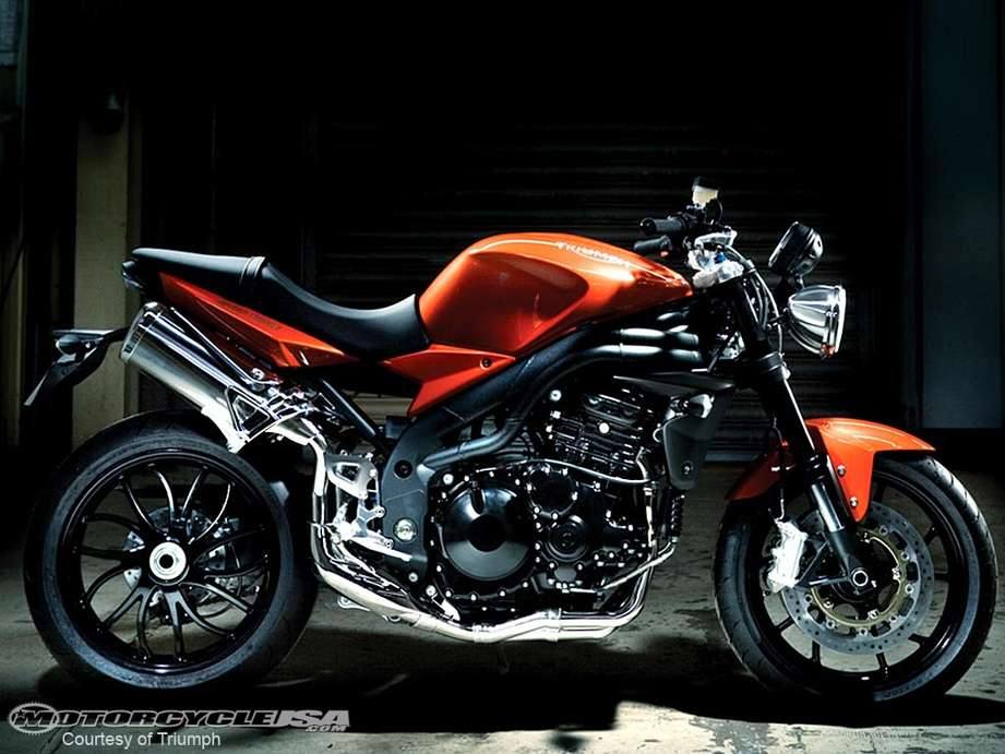 Triumph Speed Triple #9705934