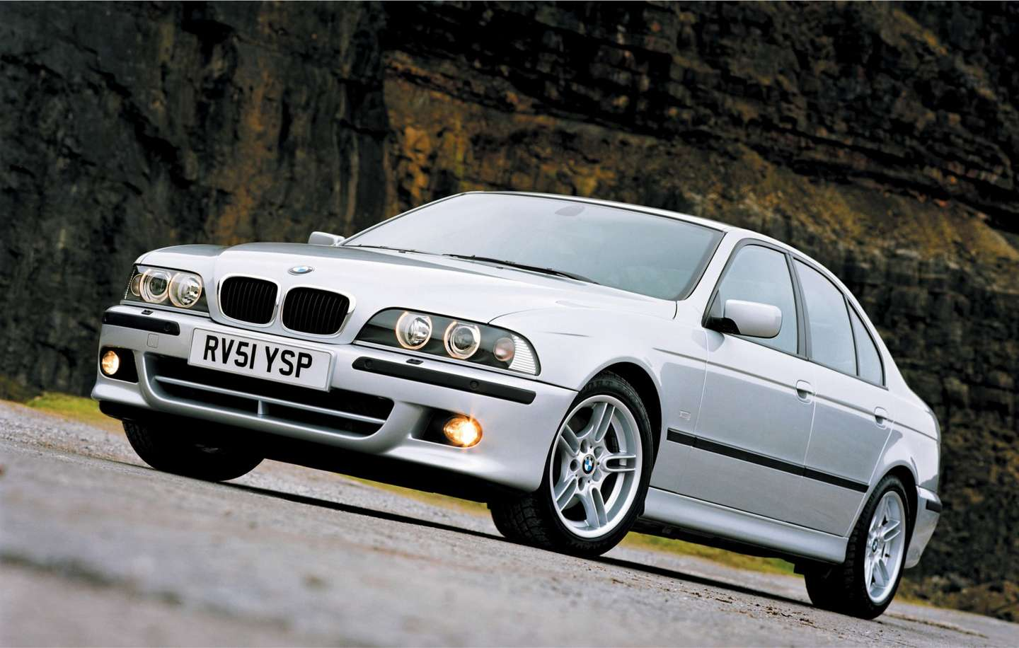 2002 bmw 5 series reviews. Black Bedroom Furniture Sets. Home Design Ideas
