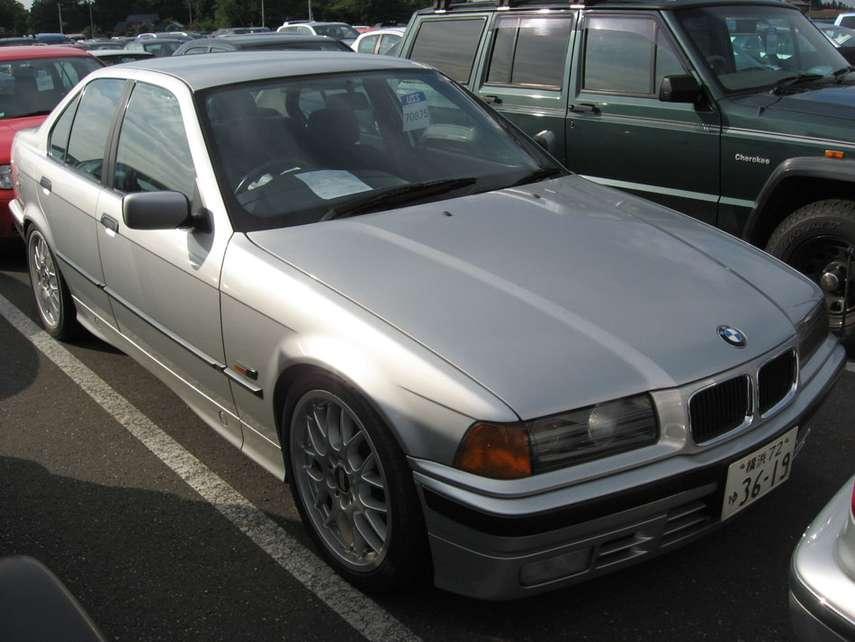 92 bmw 318: http://automotorpad.com/bmw/328653-92-bmw-318.html
