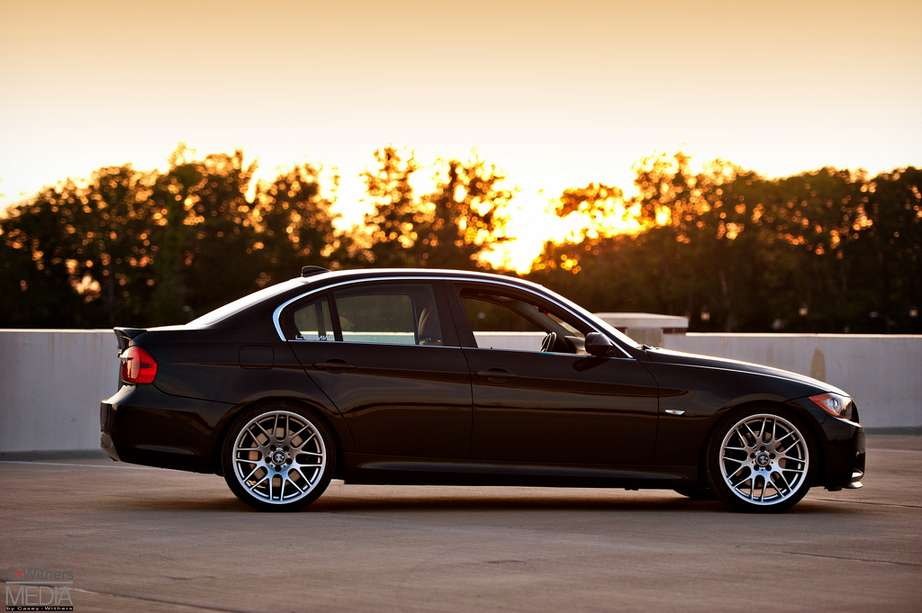 2006 bmw 330xi review. Black Bedroom Furniture Sets. Home Design Ideas