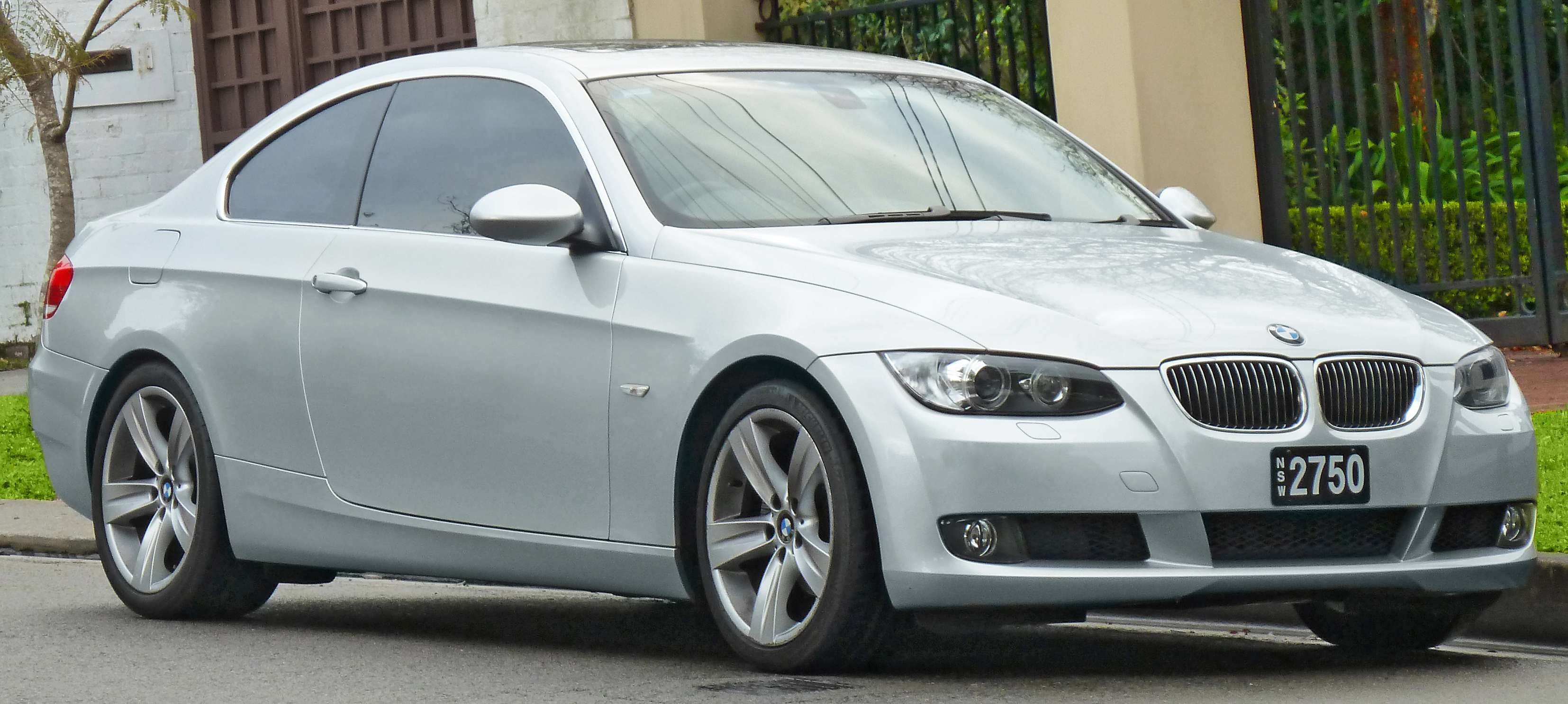2006 bmw 325 coupe