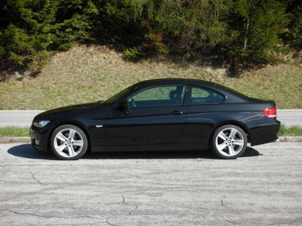 BMW 320D Coupe #9166461