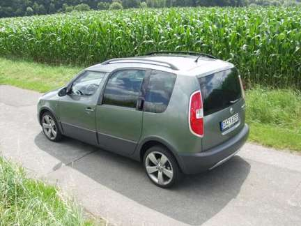Skoda Roomster Scout #9093338