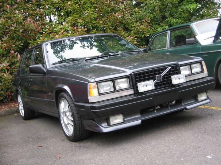 Volvo 740 Turbo #8599271