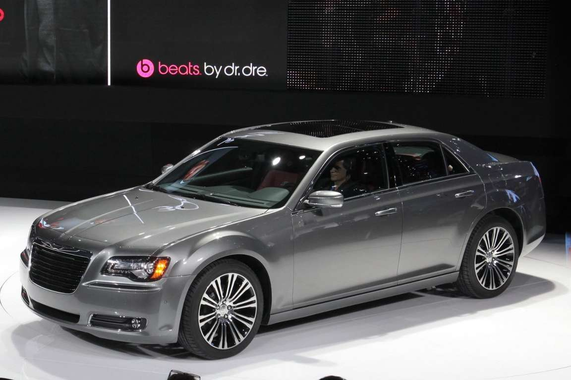 Chrysler 300S #7900437