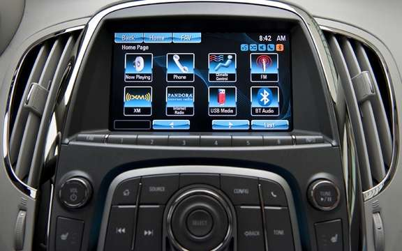 Buick IntelliLink system presents its